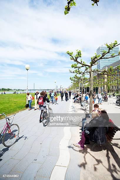 Upper promenade and bicycle lane at Rhine in Düsseldorf
