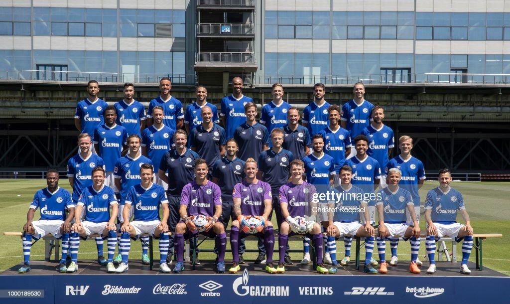 FC Schalke 04 - Team Presentation : News Photo