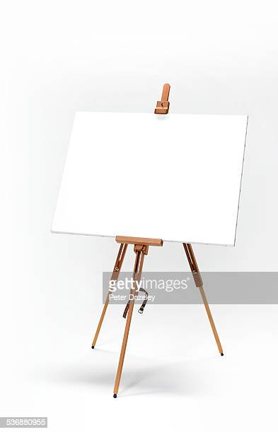 Upright artist's easel