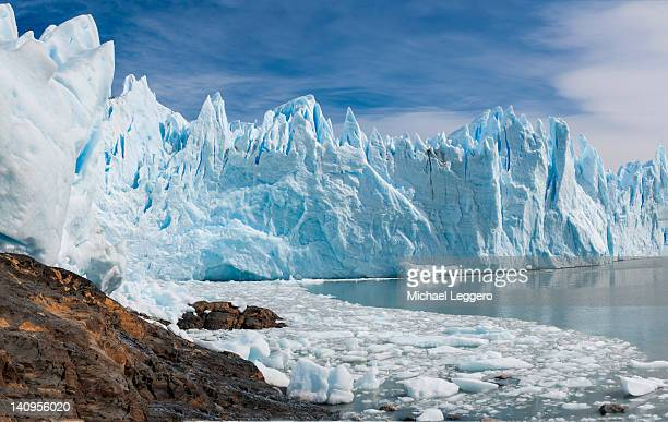 upsala glacier - los glaciares national park stock pictures, royalty-free photos & images