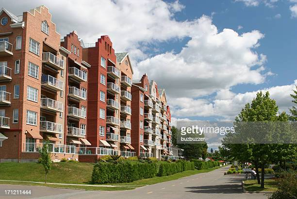 upscale condominiums - buzbuzzer stock pictures, royalty-free photos & images