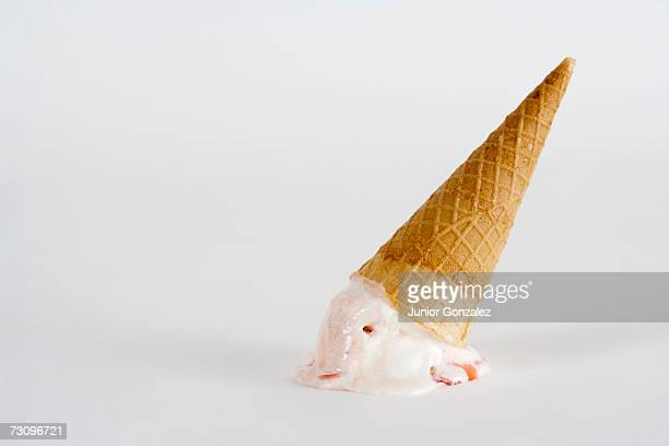 upside down ice cream cone - failure bildbanksfoton och bilder