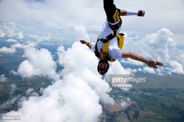 upside down in the sky - velocidade stock pictures, royalty-free photos & images