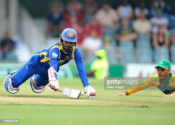 Upul Tharanga of Sri Lanka makes his ground during a run out attempt during the 2nd One Day International match between South Africa and Sri Lanka at...