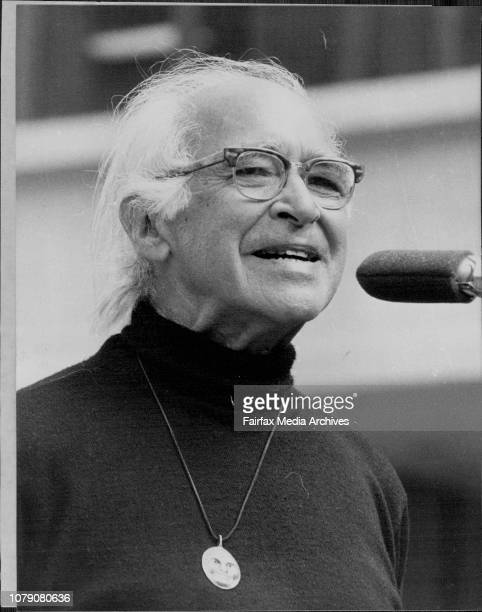 Uranium Demo Professor George Wald Nobel Prize winner from USA addressing the antiuranium rally at Sydney Square today August 5 1978