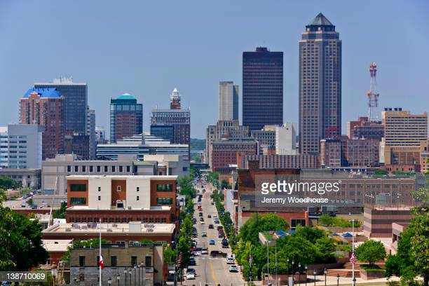 urban cityscape - iowa stock pictures, royalty-free photos & images