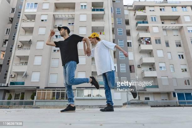 urban dansen fun - friendly match stockfoto's en -beelden