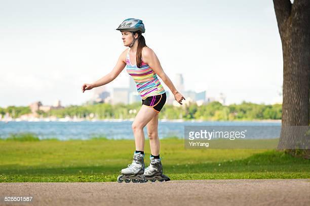 Urban Lifestyle In-line Skater Skatting in City Park