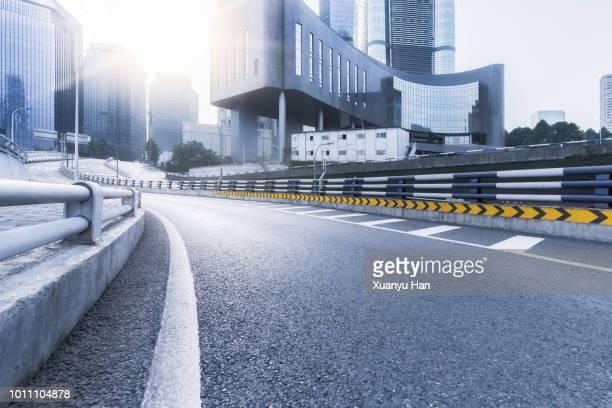 urban road - grade de proteção - fotografias e filmes do acervo
