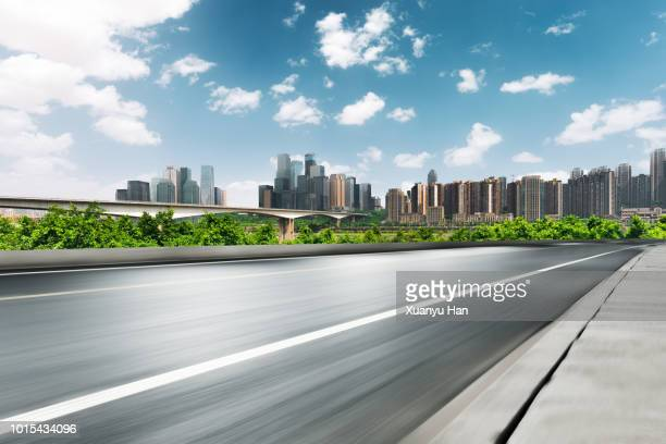 urban road - lush stock pictures, royalty-free photos & images