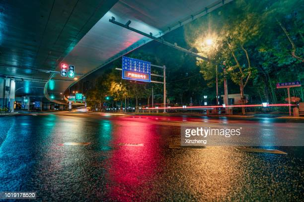 urban road - empty road stock pictures, royalty-free photos & images