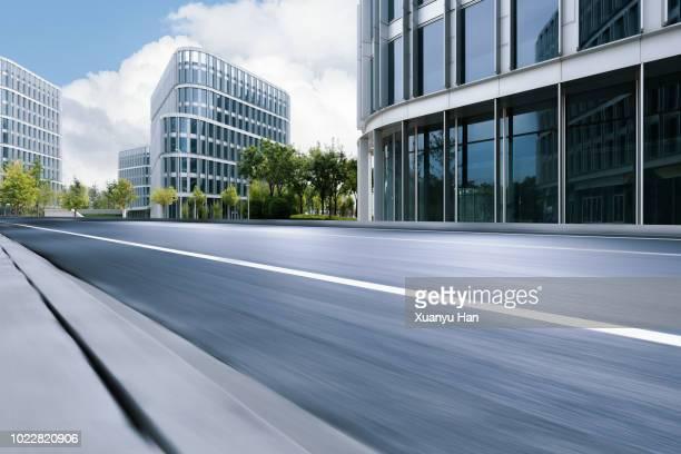 urban road - struttura edile foto e immagini stock