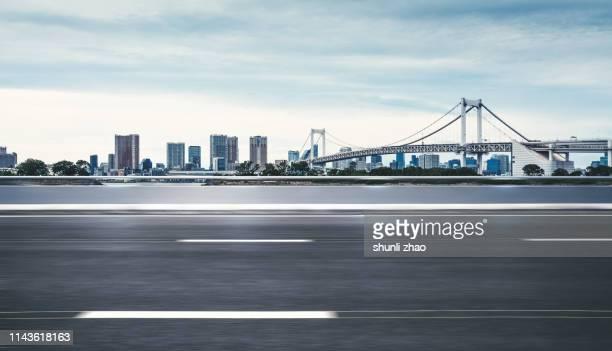 urban road - パース ストックフォトと画像