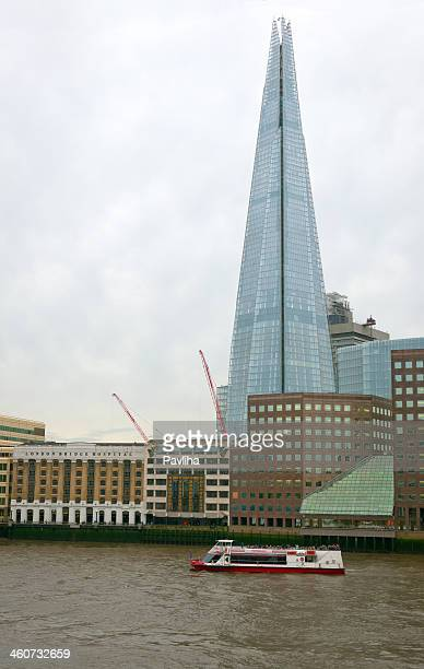 urban scene in london, england, uk - pavliha stock photos and pictures