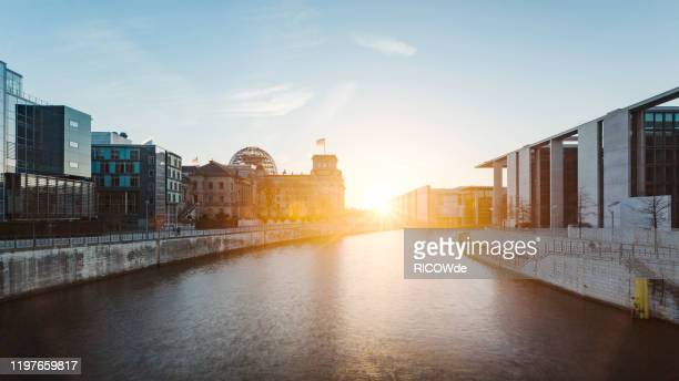 urban skyline of berlin, germany - spree river stock pictures, royalty-free photos & images