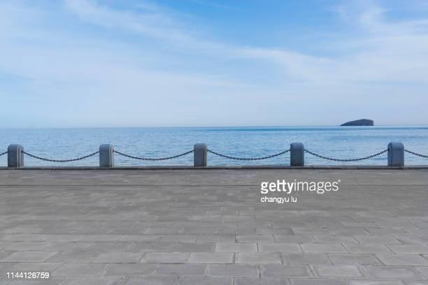 urban skyline platform;day  boulevard;ocean skyline - railing stock pictures, royalty-free photos & images