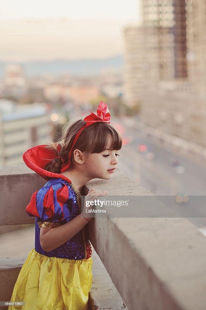 Urban Snow White : Stock Photo