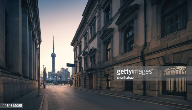 urban street - shanghai stock pictures, royalty-free photos & images