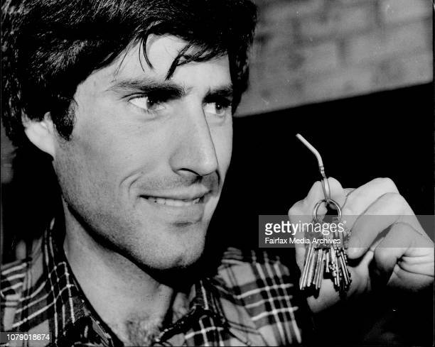 Uri with a house key he bent in front of the mediaPress Conference at the Sebel Town House for the psychic phenomenon Uri Geller who had arrived in...