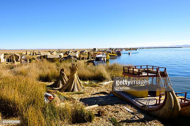 uros floating islands on lake titicaca, peru - ogphoto stock pictures, royalty-free photos & images