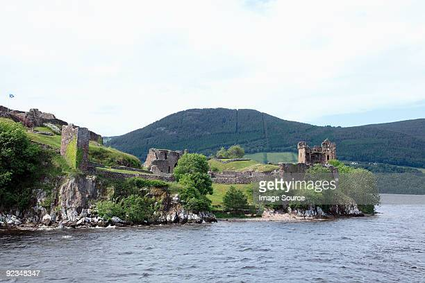 urquhart castle and lock ness - loch ness stock pictures, royalty-free photos & images