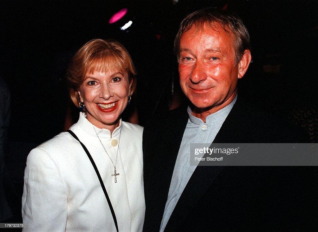 Ursela Monn mit Ehemann Michael Wintzer,;ARD-Die Nacht der Stars - Nachrichtenfoto - Getty