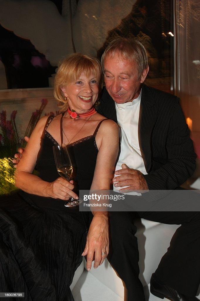 Ursela Monn Und Ehemann Michael Wintzer Bei Der 90 Jahre Ufa Party News Photo - Getty Images