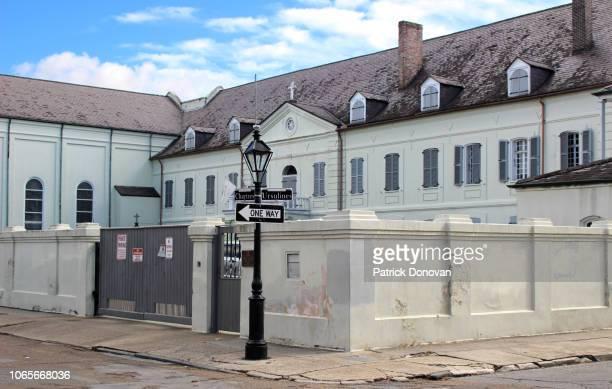 ursuline convent and church, new orleans, louisiana - nonnenkloster stock-fotos und bilder