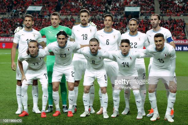 Uruguay team pose during the international friendly match between South Korea and Uruguay at the Seoul World Cup Stadium on October 12 2018 in Seoul...
