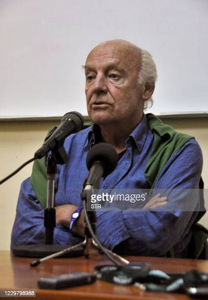 Uruguayan journalist writer and novelist Eduardo Galeano gives a speech during a press conference with Cuban students at Onelio Jorge Cardoso Center...