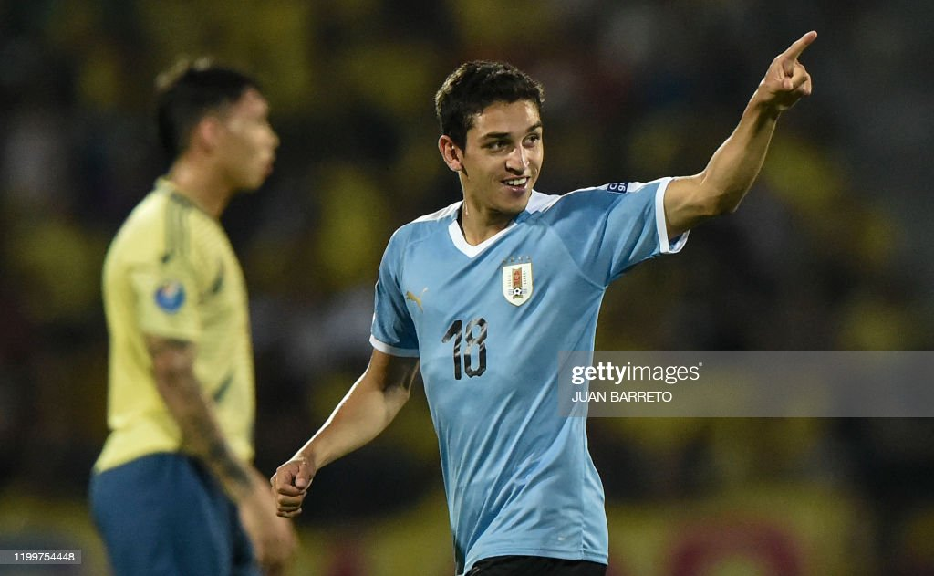 OLY-FBL-U23-COL-URU : News Photo