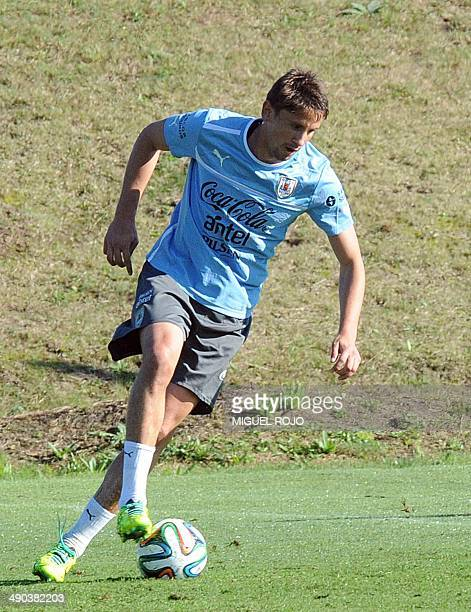 Uruguayan national team footballer Gaston Ramirez takes part in a training session on May 14 at the Complejo Celeste training center in Montevideo in...