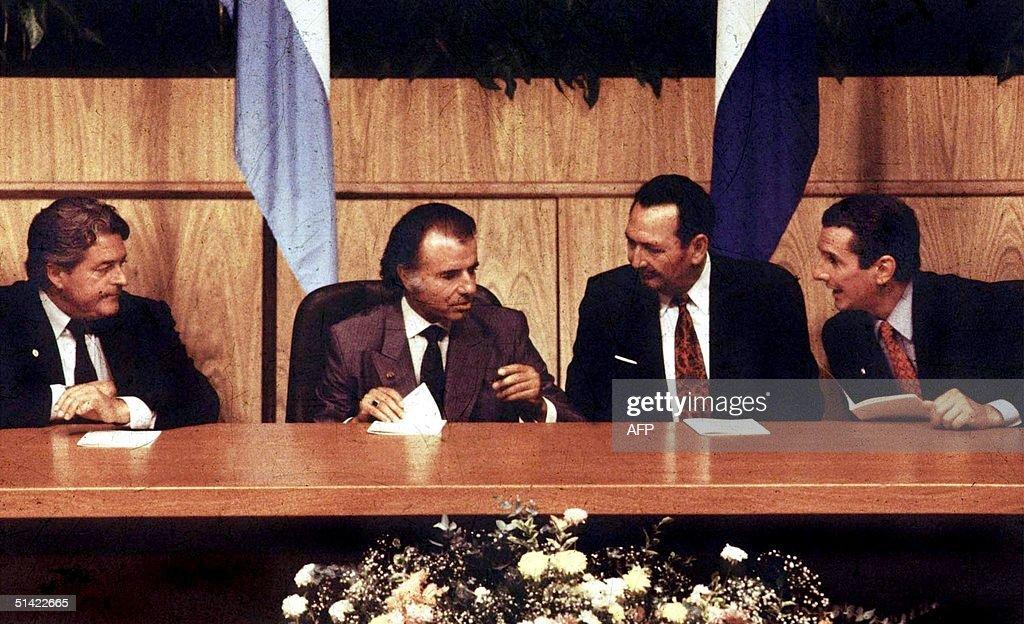 (L-R) Uruguayan President Luis Alberto Lacalle, Ar : News Photo