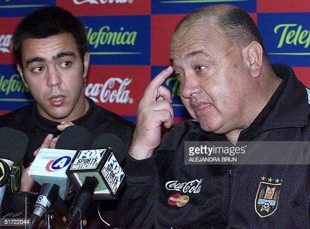 Uruguayan soccer coach Victor Pua answers reporter's questions in Lima Peru 03 September 2001 El tecnico de la seleccion uruguaya de futbol Victor...