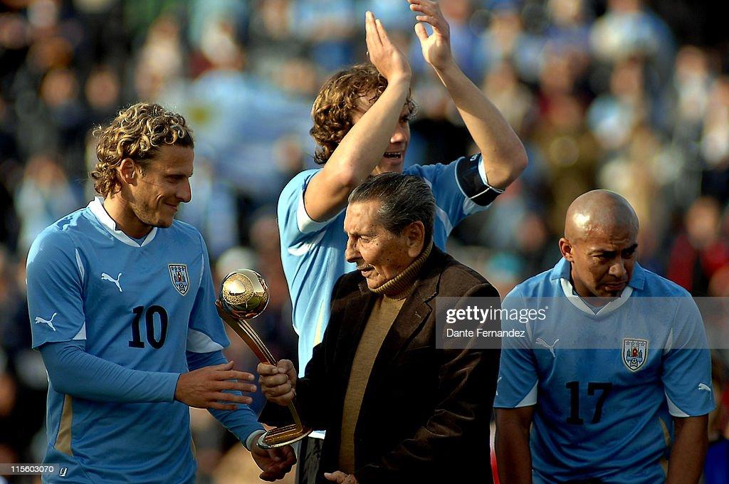 Uruguay v Holland - FIFA Friendly Match