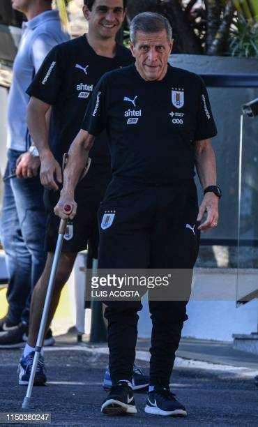 Uruguay's coach Oscar Washington Tabarez arrives for a training session in Belo Horizonte Brazil on June 17 2019 during the Copa America football...