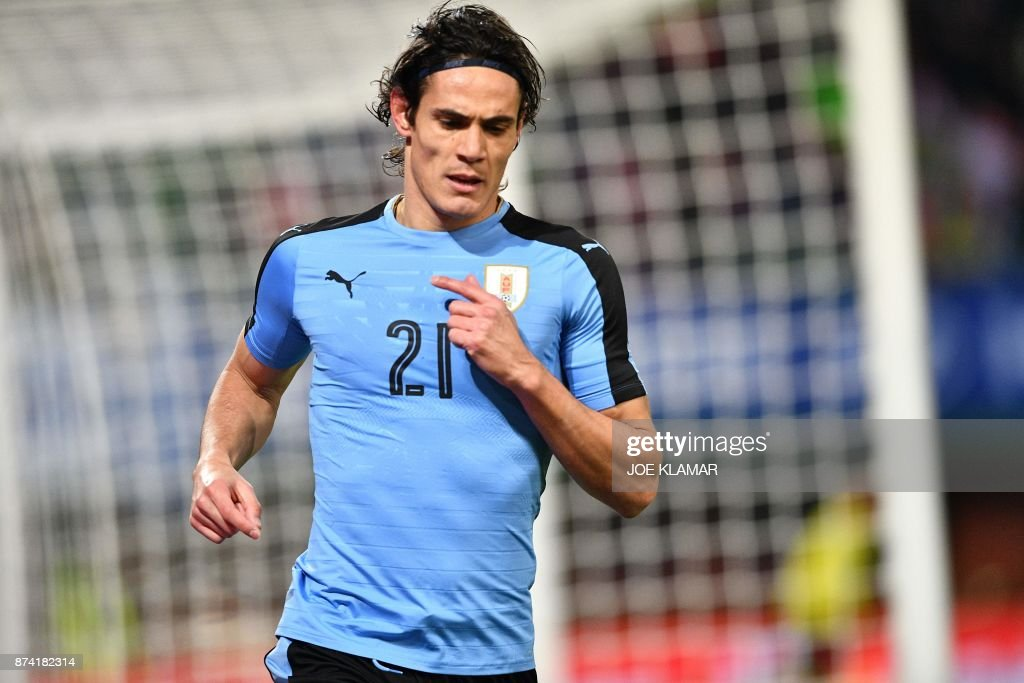 Uruguay's forward Edinson Cavani celebrates his goal during the international friendly football match Austria v Uruguay in Vienna, on November 14, 2017. /