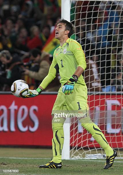 Uruguay's goalkeeper Fernando Muslera reacts during the 2010 World Cup quarter final Uruguay vs Ghana on July 2 2010 at Soccer City stadium in Soweto...