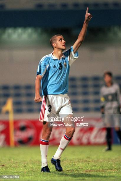 Uruguay's Gonzalo Sorondo celebrates after converting his penalty in the shoot out