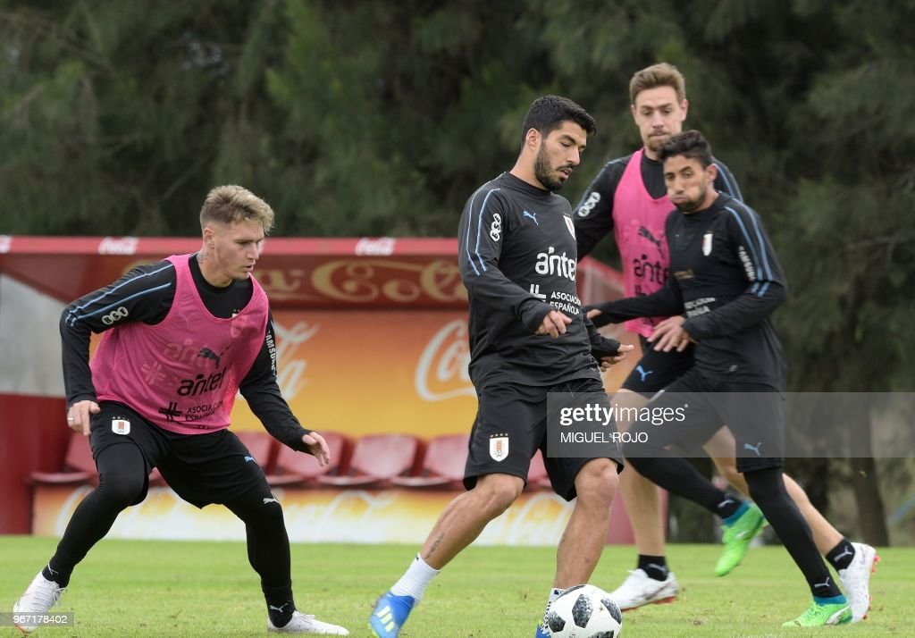 Uruguay's Guillermo Varela, Luis Suarez, Sebatian Coates and Jonathan Urretaviscaya take part in a training session at the Complejo Celeste training centre in Canelones Department near Montevideo, on June 4, 2018 ahead of the FIFA World Cup.