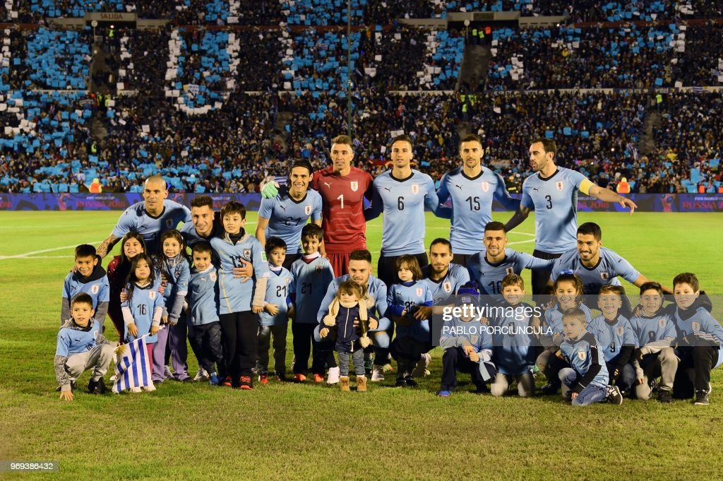 NT & NT CLASSIC KITS by PUMA26 - Page 17 Uruguays-players-pose-for-pictures-during-the-international-friendly-picture-id969386432