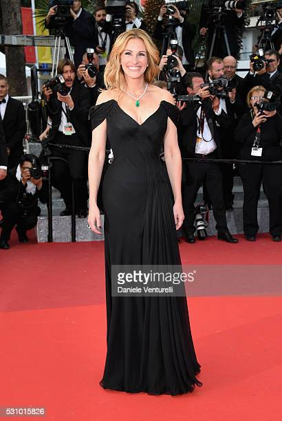 Us actress Julia Roberts attends the Money Monster premiere during the 69th annual Cannes Film Festival at the Palais des Festivals on May 12 2016 in...