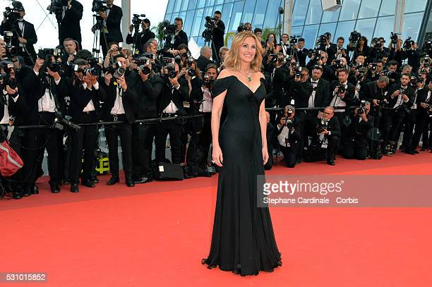 """Us actress Julia Roberts attends the """"Money Monster"""" premiere during the 69th annual Cannes Film Festival at the Palais des Festivals on May 12, 2016..."""