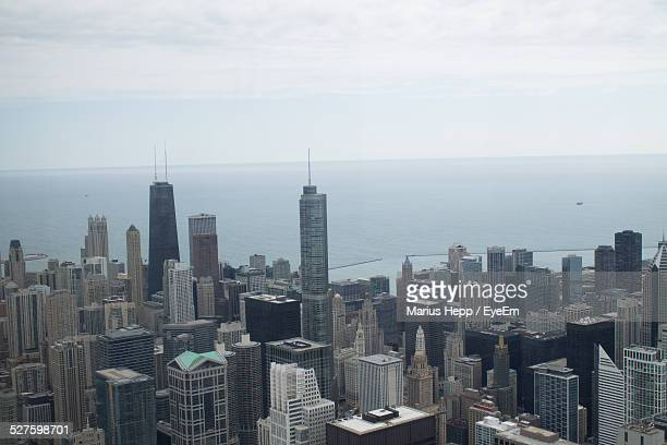 Usa, Illinois, Chicago, Elevated View Of Downtown Skyscrapers