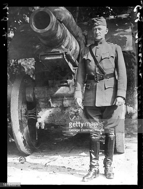 Gal Clarence Edwards/:Signal Corps USA, between 1900 and 1919.