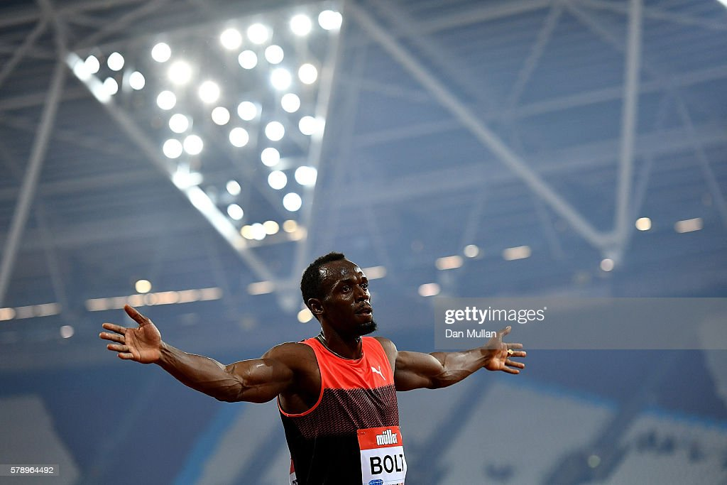 Usain Bolt of Jamaica celebrates after winning the mens 200m during Day One of the Muller Anniversary Games at The Stadium - Queen Elizabeth Olympic Park on July 22, 2016 in London, England.