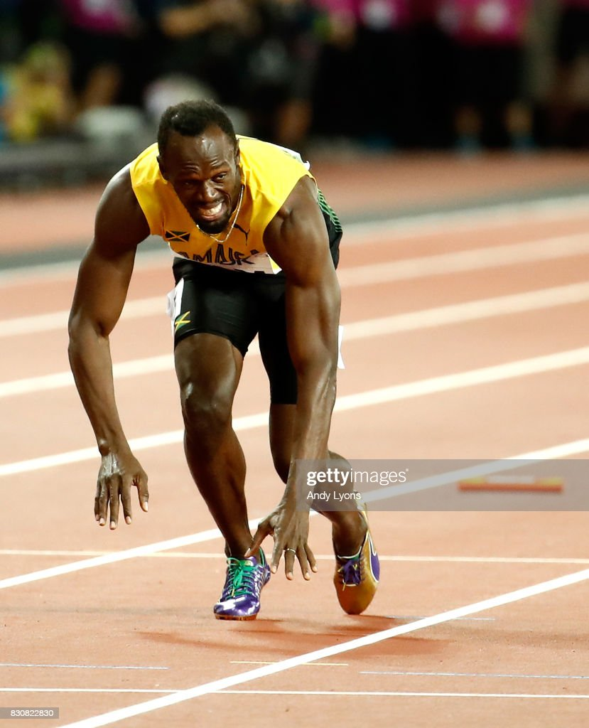 Usain Bolt Of Jamaica Falls To The Track In The Men S 4x100 Relay News Photo Getty Images