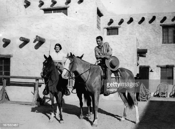 American actor Gary Cooper with his wife Sandra Shaw in Phoenix/Arizona. January 5th 1934. Photograph. Der US-amerikanische Schauspieler Gary Cooper...