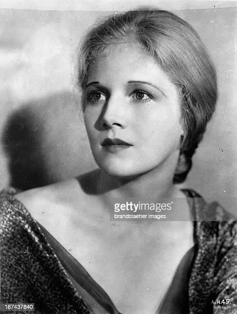 USamerican actress Ann Harding About 1930 Photograph Die USamerikanische Schauspielerin Ann Harding Um 1930 Photographie