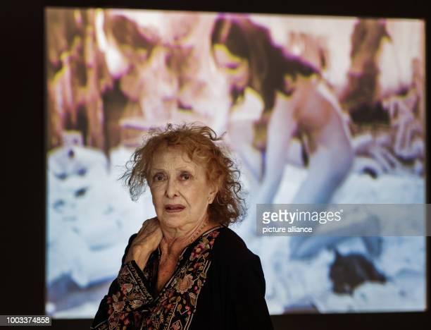 USAmerican artist Carolee Schneemann photographed at the exhibition 'Carolee Schneemann Kinetische Malerei' in Frankfurt/Main Germany 30 May 2017 The...